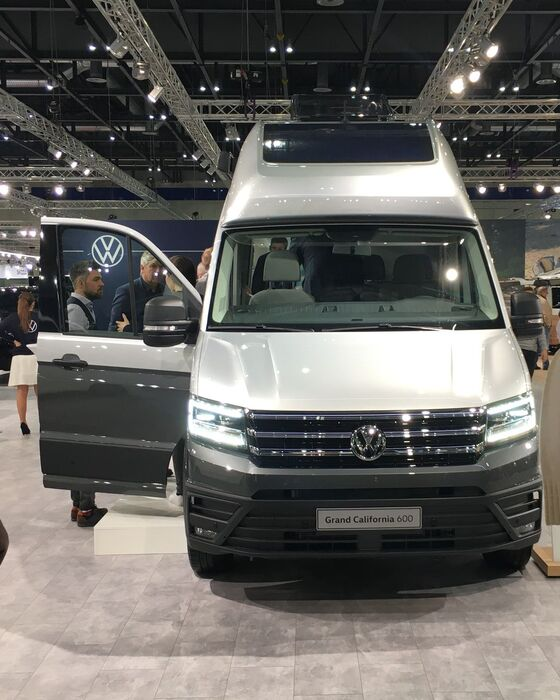 VW Grand California VAS 2020 Front